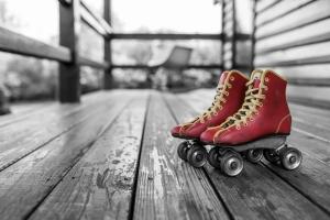 Porch roller skates